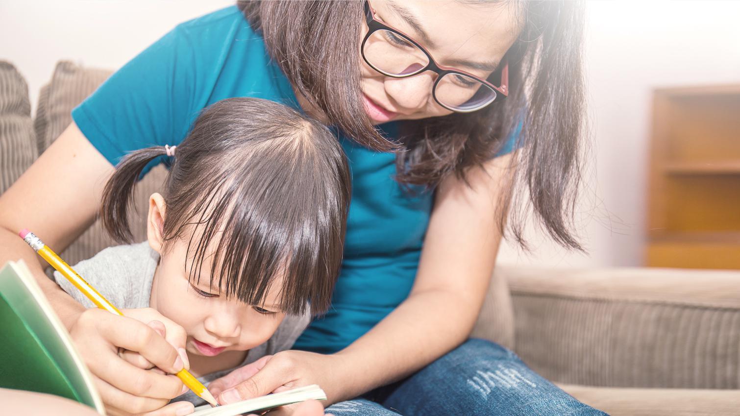 Tips Meningkatkan Minat, Passion,  & Motivasi Menulis Pada Anak